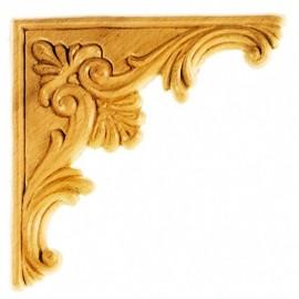 Décors d'angles symétriques en bois